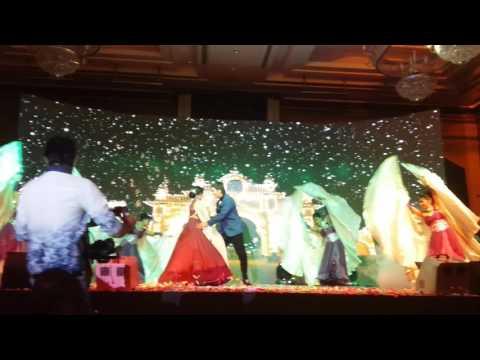Romantic#Coupl Dance#Property#Dancers#Led#Graphics#SnowFall#DryIce#Palladium#Hotel#Sangeet#wedding.