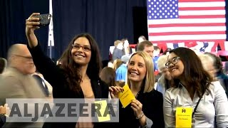 US election 2016: Clinton chases young voters