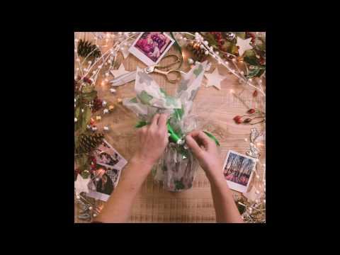Photobox - How to gift wrap a mug for christmas
