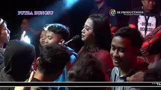 Download PENGEN DI SAYANG by PUTRI  II PUTRA BUNGSU