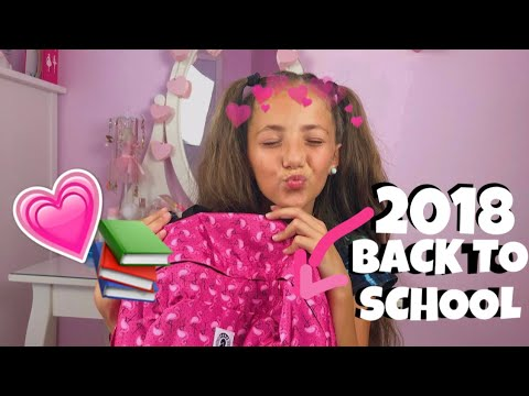 BACK TO SCHOOL! WHAT'S IN MY SCHOOL BAG? || Marica