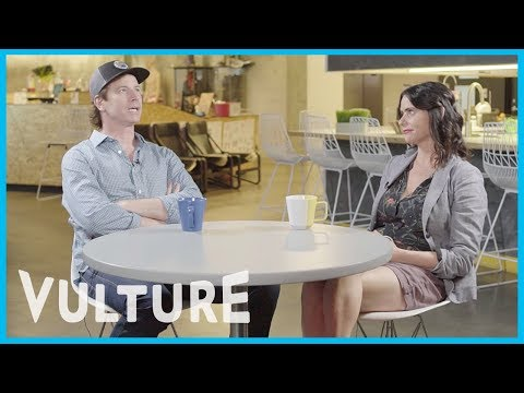 How Well Do Transparent Stars Rob Huebel and Amy Landecker Know Each Other?