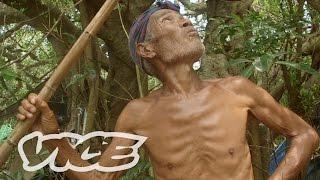 Japan's Naked Island Hermit: VICE INTL (Japan)