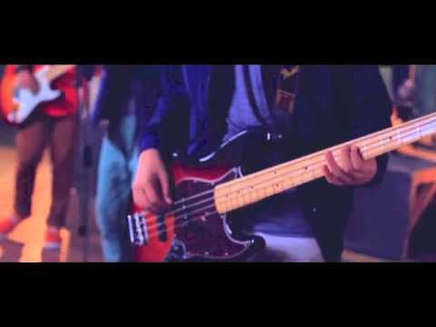 Graduate Band - Memeluk-Mu Tuhan