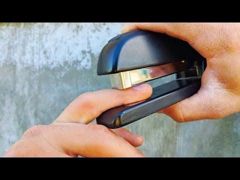 Staples VS Fingers