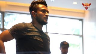 Gambar cover Shakib Al Hasan at SRH Camp | SunRisers Hyderabad | #CWC19 | World Cup 2019