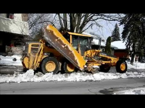 COOL SNOW REMOVAL JOB IN MONTREAL QUEBEC / 03-16-18