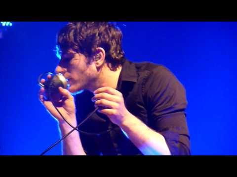 "Adam Young drumming  on ""Umbrella Beach"" - Owl City - Live Paris 11/05/10 HD HQ"