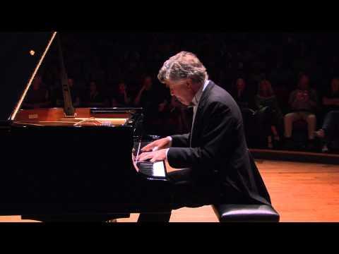 Eugen Indjic - Schumann Excerpts - AIPF 2013