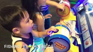 Chuck E. Cheese children place-khu vui chơi game hiện đại nhất cho trẻ