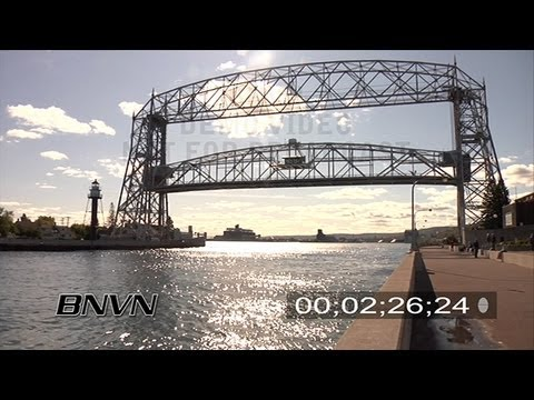 Duluth Mn Canal Park October 2008 Lift Bridge Video