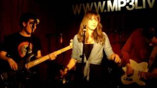 Tess Gaerthé - Nighttime [Live @ Mp3 Amsterdam]