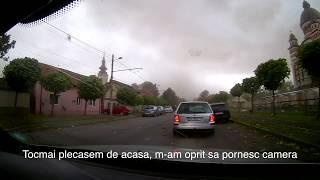 Furtuna din Timisoara, acoperisuri ce zboara si drumul spre adapost