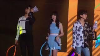 Video 170902 Baekhyun EXO focus with Yerin Gfriend and Eunwoo Astro Fanservice Music Bank in Jakarta download MP3, 3GP, MP4, WEBM, AVI, FLV Desember 2017