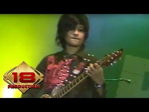 The Rock - Aku Cinta Kau Dan Dia   (Live Konser Malang 05 Juni 2008)