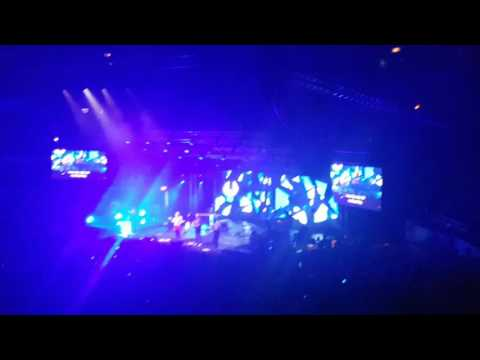 Hillsong Young & Free Live in Manila 2016 - Trust