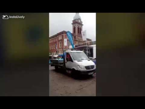 Woman's Tour In Chesterfield Town Centre