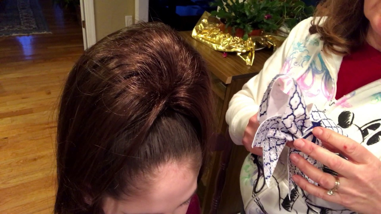 How To Put On A Cheer Bow With Hair Piece