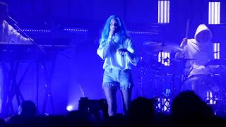 VEVO Presents: Halsey '100 Letters'