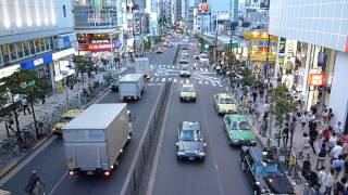 8.18 18:07新宿駅西口 タクシーの景色.MOV
