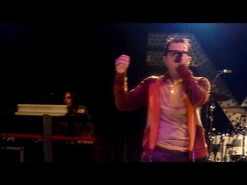 Weezer- MGMT Kids & Lady Ga Ga Poker Face Live In HD @ Del Mar Race Track 2010