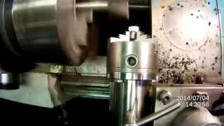 Фрезерование в токарном станке(Это видео создано с помощью видеоредактора YouTube (http://www.youtube.com/editor), 2014-07-04T19:51:47.000Z)