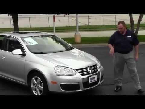 Used 2009 Volkswagen Jetta SE for sale at Honda Cars of Bellevue...an Omaha Honda Dealer!