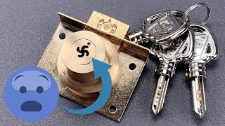 [1061] Vietnamese Lock With A Surprising Keyway