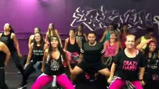Tara Romano Dance Fitness - Wisin -Vacaciones