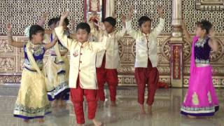 Download lagu Bole Chudiya - HD English Medium School Gathering Dance - 2016-17