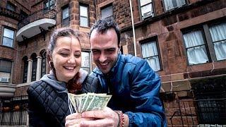 Cat costa sa locuiesti in New York