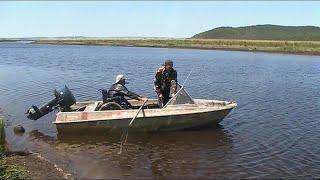Рыбалка Поехали поймать щуку повстречались со змеей