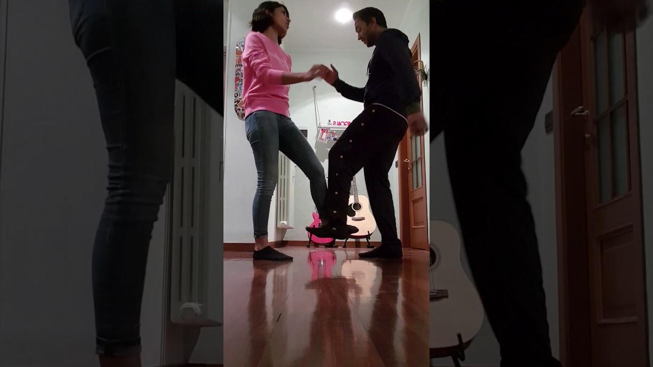 Oh Nanana Foot Shake Dance challenge - YouTube