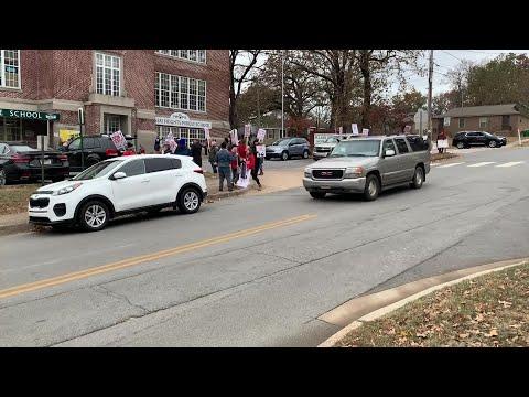 LRSD Strike- Pulaski Heights Middle School