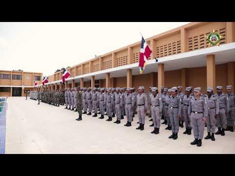 Entrega De Los Cadetes Del Primer Año En La Academia Militar Batalla De Las Carreras