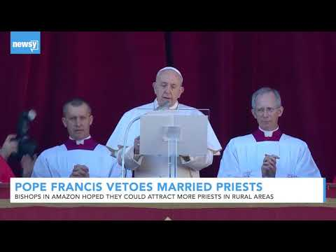 Pope Francis Rejects Proposal Allowing Married Men In Clergy