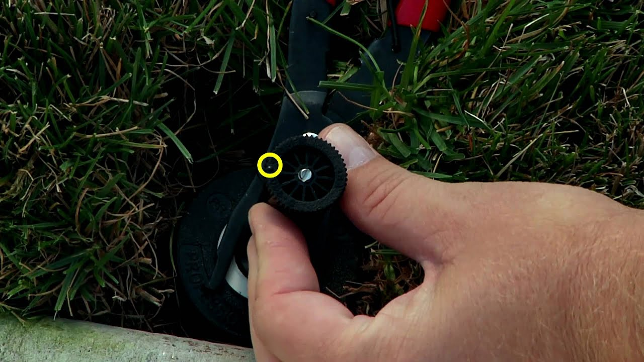 How To Adjust A Sprinkler Spray Nozzle