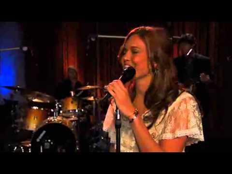 Mandy Moore Extraordinary live and original