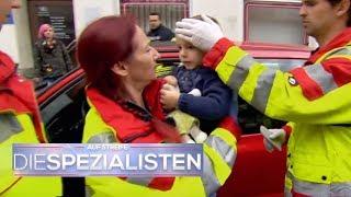 Scheibe eingeschlagen: Kind bewusstlos im heißen Auto! | Auf Streife - Die Spezialisten | SAT.1 TV