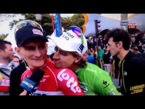 Peter Sagan photobombs Andre Greipel Tour de France 2015