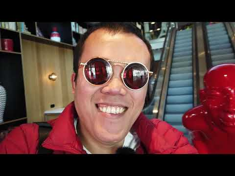 Gay Romance Couple Vlog : Suasana La Defense Paris & Hotel CitizenM