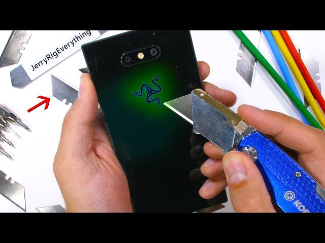 Razer Phone 2 (Mostly) Survives Abusive Durability Test