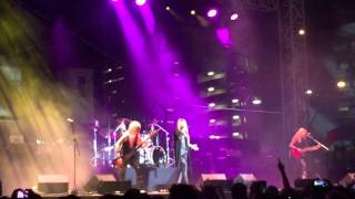 Vixen Las Vegas 10/2/2015 Edge of a Broken Hesrt