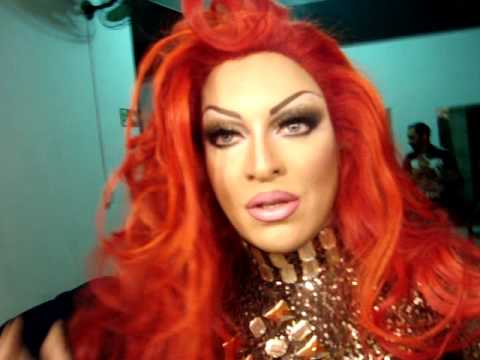 labelle-beauty drag queen- red