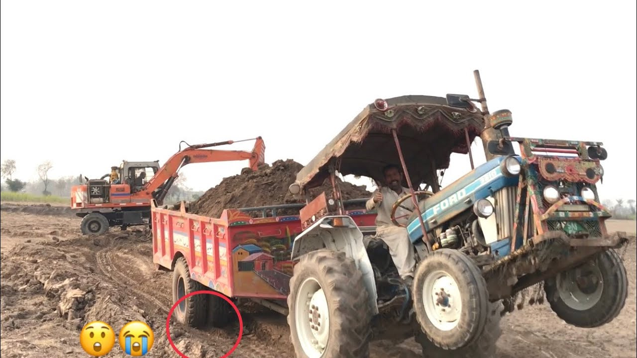 Ford 3610 Load Challenge Pull 14 Foot Trolley Fully load of Soil