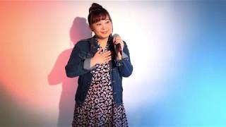 見に来てくださって ありがとうございますっ(^^) 国内で歌手になるのを...