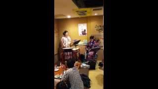 華菜枝さん 波止場の港 27回目のイイニクノ日(2012年11月29日)