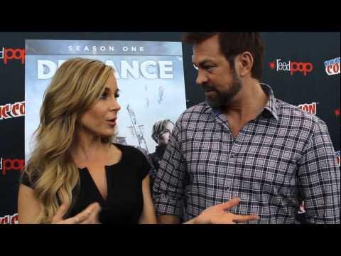 Defiance Julie Benz and Grant Bowler