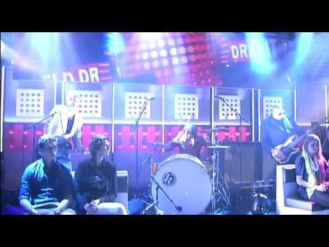 triggerfinger-i-follow-rivers-cherry-warming-up-bij-dwdd-excelsior-recordings