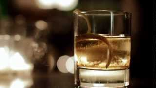 How to Make Johnnie Walker® Black Label® with a Twist